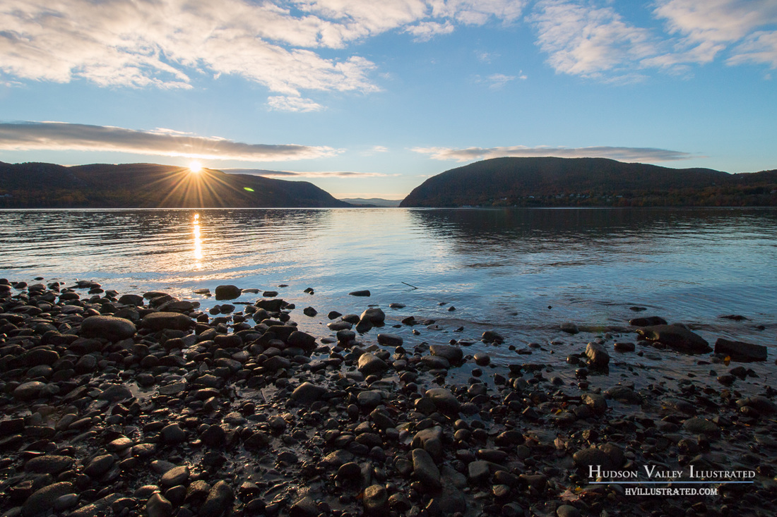 Sunrise on the Hudson River, seen from Plum Point by Hudson Valley Illustrated